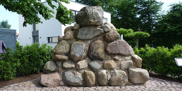 Elsternbuschdenkmal