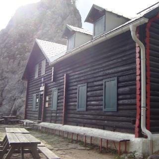 Kienthalerhütte mit Turmstein