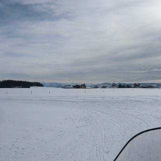 Am südlichen Wendepunkt der Loipe mit Blick nach Südosten auf Kraiberg
