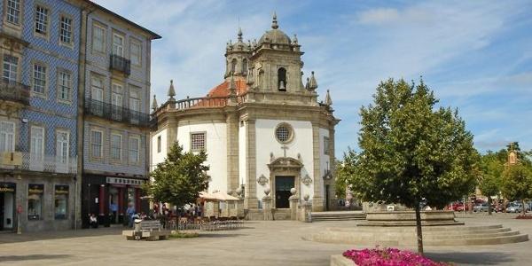 Igreja do Senhor da Cruz im Zentrum von Barcelos