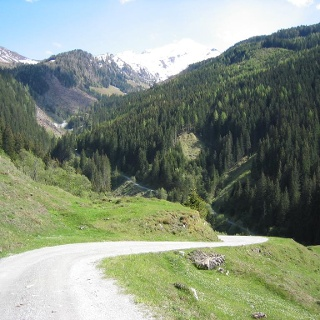 Weg in das Gaisbachtal