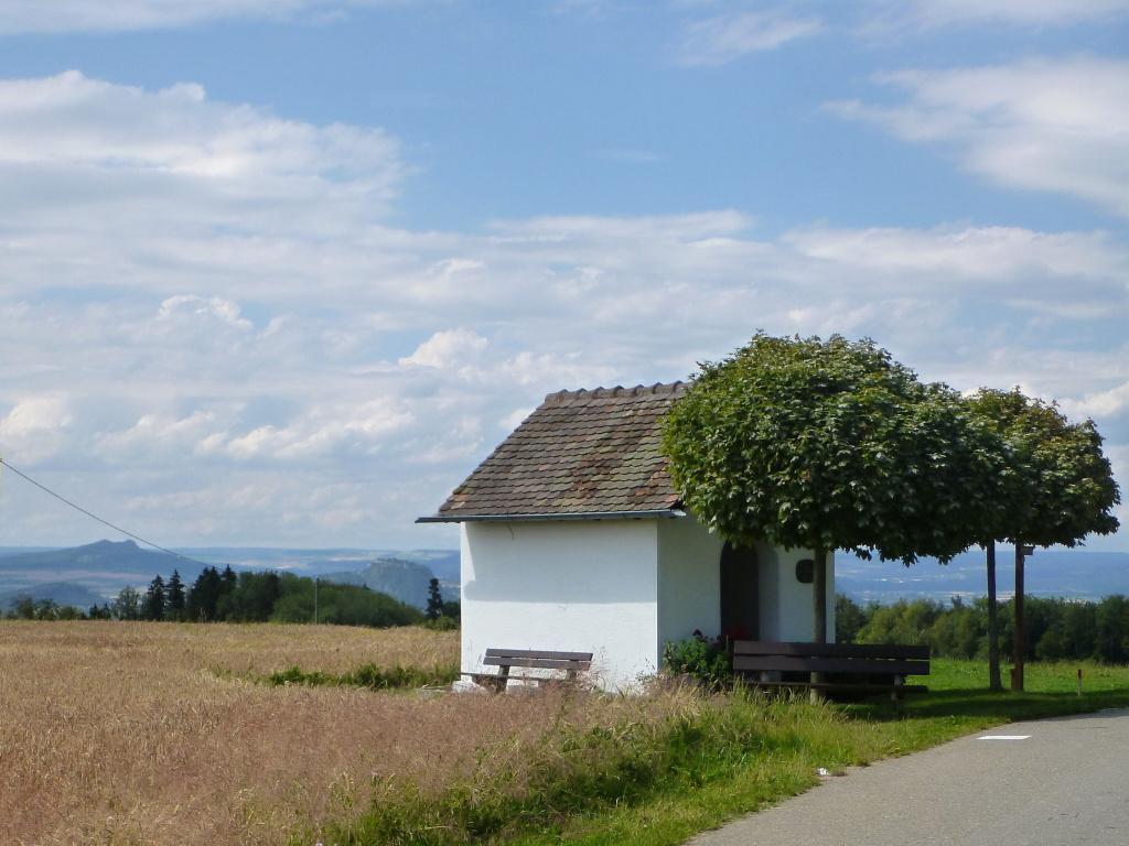 """Hegaublick von der Kapelle """"Maria auf Schrotzburg"""""""