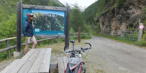 Nationalpark-Parkplatz am Weg vom Pfaffenberg ins Kaponigtal
