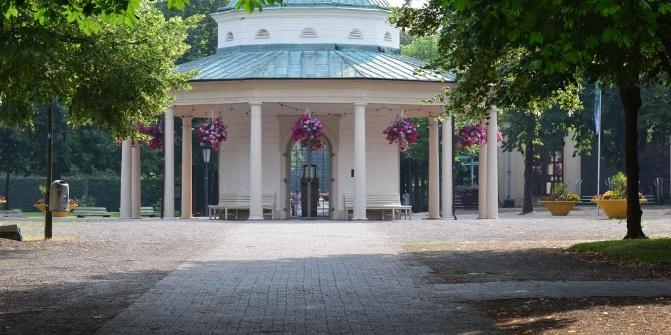 historischer kurpark bad meinberg park. Black Bedroom Furniture Sets. Home Design Ideas
