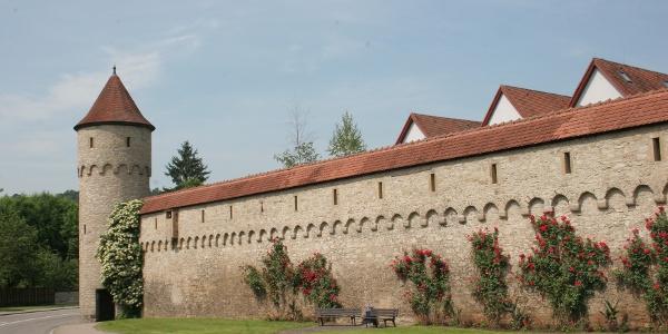 Stadtmauer mit Schinnersturm