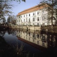 Schloss Ovelgoenne2011.jpg