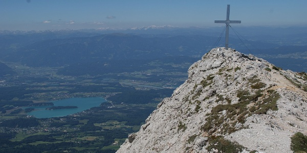 Gipfelkreuz mit Faaker See