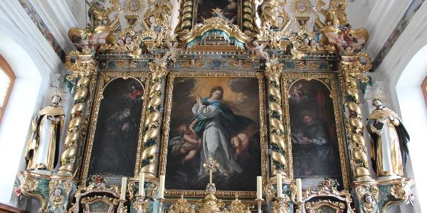 Altar in der Kapelle in Acletta