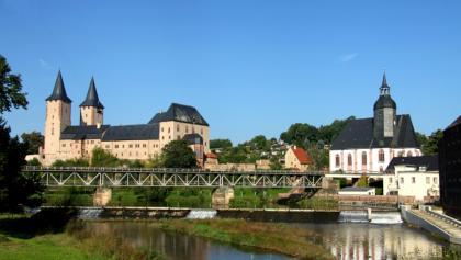 Schloss und Petrikirche