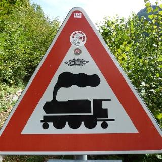 Unbeschrankter Bahnübergang am Tracciolino