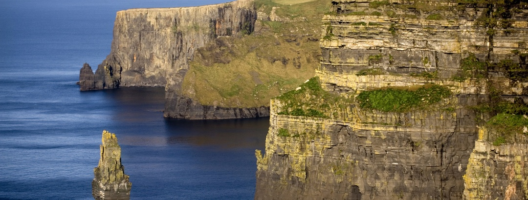 Die Cliffs of Moher gehören zu den höchsten Steilklippen Europas © Tourism Ireland Ltd