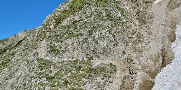 Steiler und schwieriger Abstieg zur Thaurer Alm
