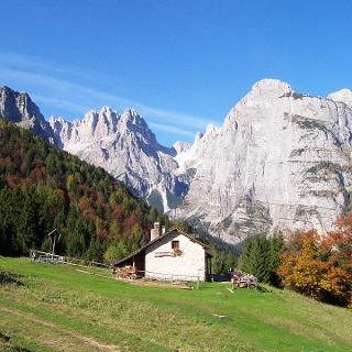 Malga Andalo e le Dolomiti di Brenta