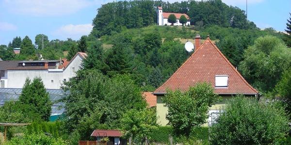 Die Kreuzkapelle oberhalb von Winnweiler ist ein beliebtes Wallfahrtsziel.