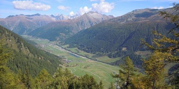 Blick ins Tal von der Galmihornhütte