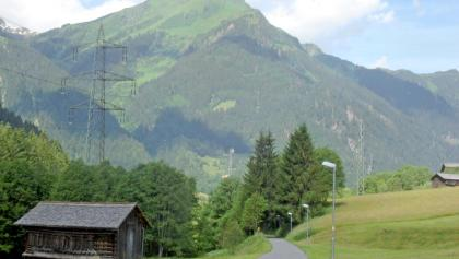 Rad- und Wanderweg auf der alten Bahntrasse