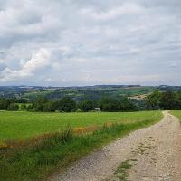 Blick vom Rundwanderweg Waldkirchen hinab ins Zschopautal