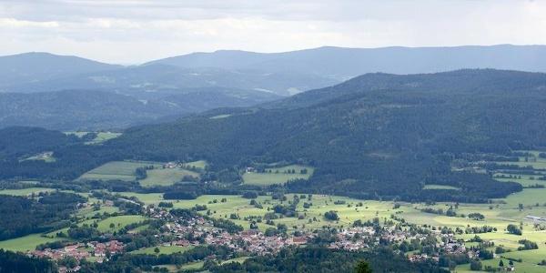 Blick nach Arnbruck im Zellertal