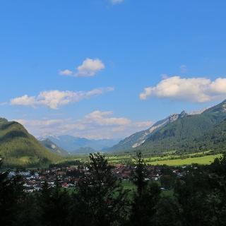 Ausblick vom Milchhäusl auf den Falkenstein und Pfronten