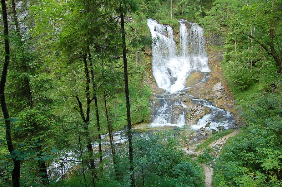 Die wunderschönen Weißbach-Wasserfälle
