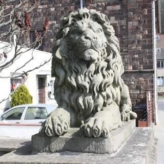 Löwe aus Buntsandstein