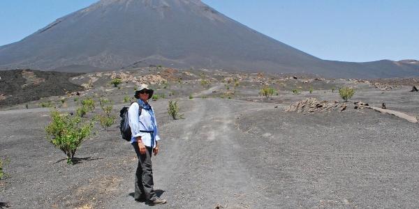 Der Pico do Fogo thront über Chã das Caldeiras