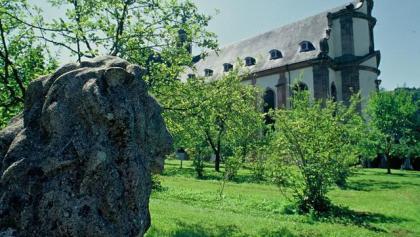 Eifelsteig Etappe 13: Kloster Himmerod - Bruch_ Kloster Himmerod seitlich