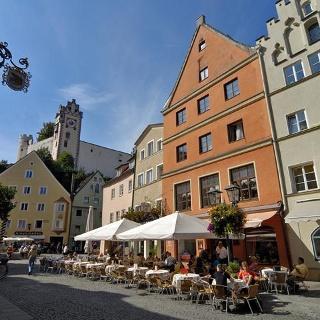 Reichenstraße mit Blick auf das Hohe Schloß zu Füssen