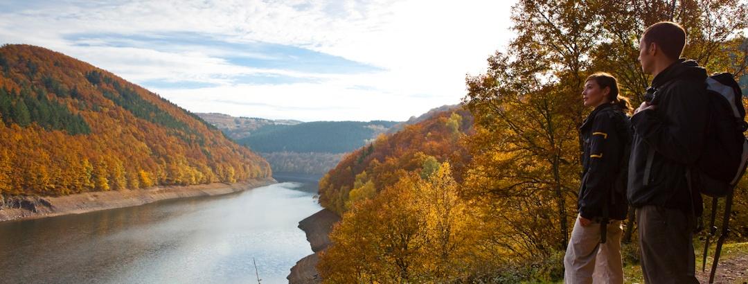 Blick auf Riveris-Talsperre