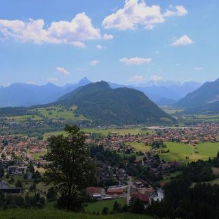 Blick auf das Pfrontener Tal vom Edelsberg