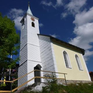 Kapelle zu den Aposteln Peter und Paul im Ortsteil Langenschwand