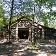Mittwochs und sonntags - von Juli bis Oktober auch samstags - können sich Wanderer in der Sankt Anna-Hütte stärken.