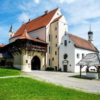 St. Georgskapelle in der Mindelburganlage