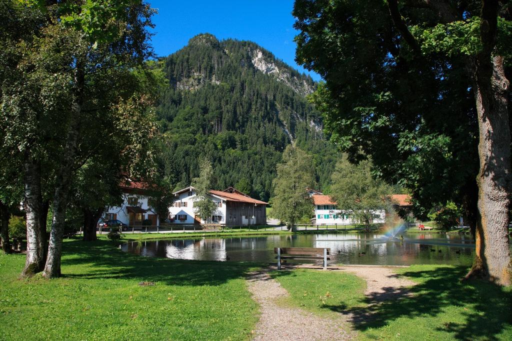 Dorfer Weiher in Pfronten-Dorf - @ Autor: Julian Knacker - © Quelle: Pfronten Tourismus