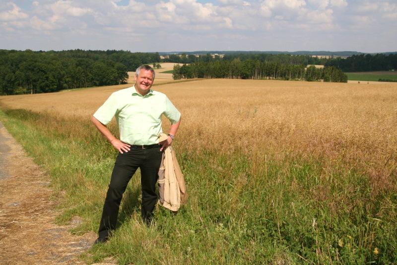 Wunderbare Ausblicke verspricht Bürgermeister Siegfried Gröner  - @ Autor: Guido Seyerle  - © Quelle: Hohenlohe + Schwäbisch Hall Tourismus e.V.