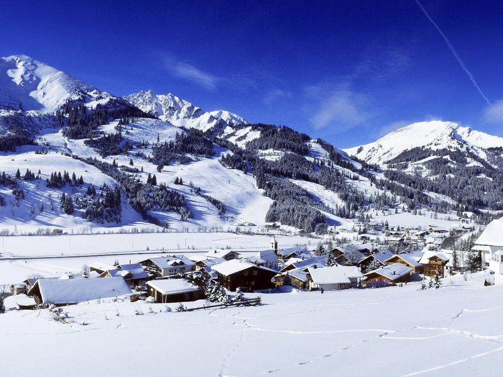 Blick nach Zöblen  - @ Autor: kUNO  - © Quelle: Tourismusverband Tannheimer Tal