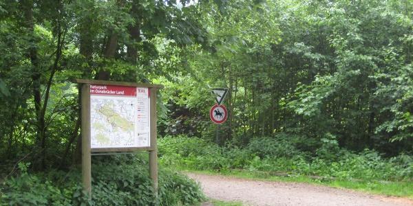 TERRA.vita Wanderparkplatz Roter Berg