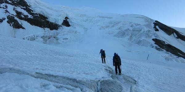 Am ersten Abschnitt des Gletschers, dieser ist flach.