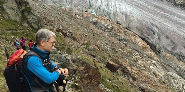 Bei Abstieg zum Gletscher entlang des neu angelegten Weges.