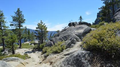 Auf der Hochfläche über dem Yosemite Valley