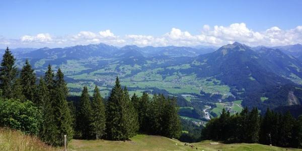 Panoramablick vom Hochälpelekopf