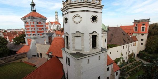 Wassertürme am Roten Tor, links St. Ulrich