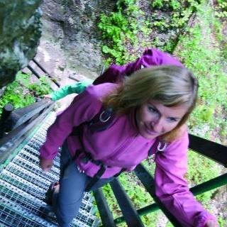 Auf steilen Leitern unterwegs in der Tscheppaschlucht