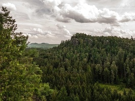 Foto Blick vom Gipfel des Großen .. hin zum Kleinen Bärenstein
