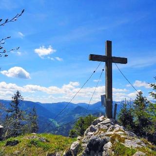 Sauwand Gipfelkreuz auf 1420 müA
