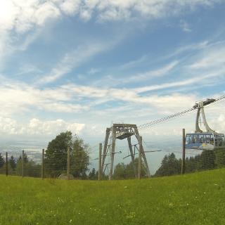 Grandioses Panorama vom Pfänder Richtung Bregenz und Bodensee.
