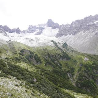 Rückblick zur Steinseehütte bzw. den Talkessel um den Steinsee