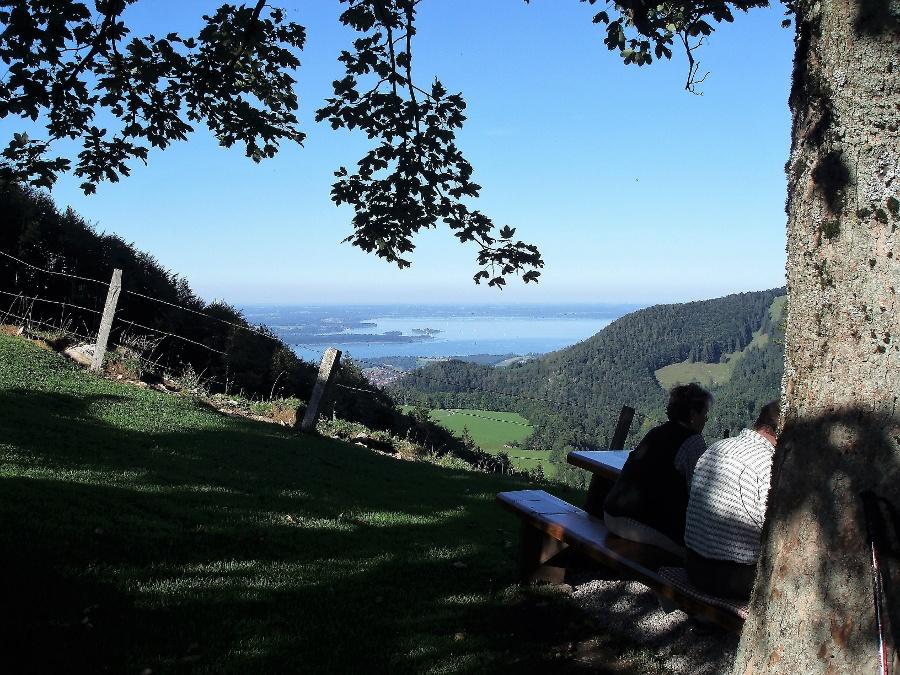 Chiemseeblick von der Sameralm-©Quelle: Gemeinde Bernau a. Chiemsee