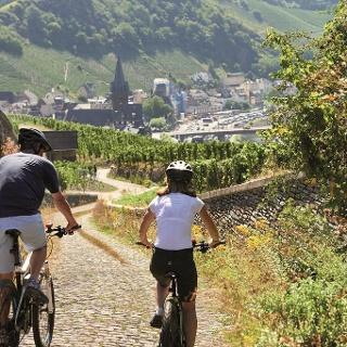 Downhill in die Altstadt von Bernkastel