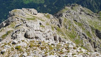 Blick vom Gipfel des Hebenkas auf den Ostgrat